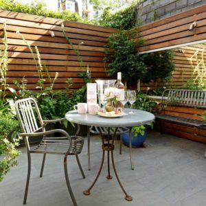 decorate-terraces-cheap-options-fences-wood-tall-ideas